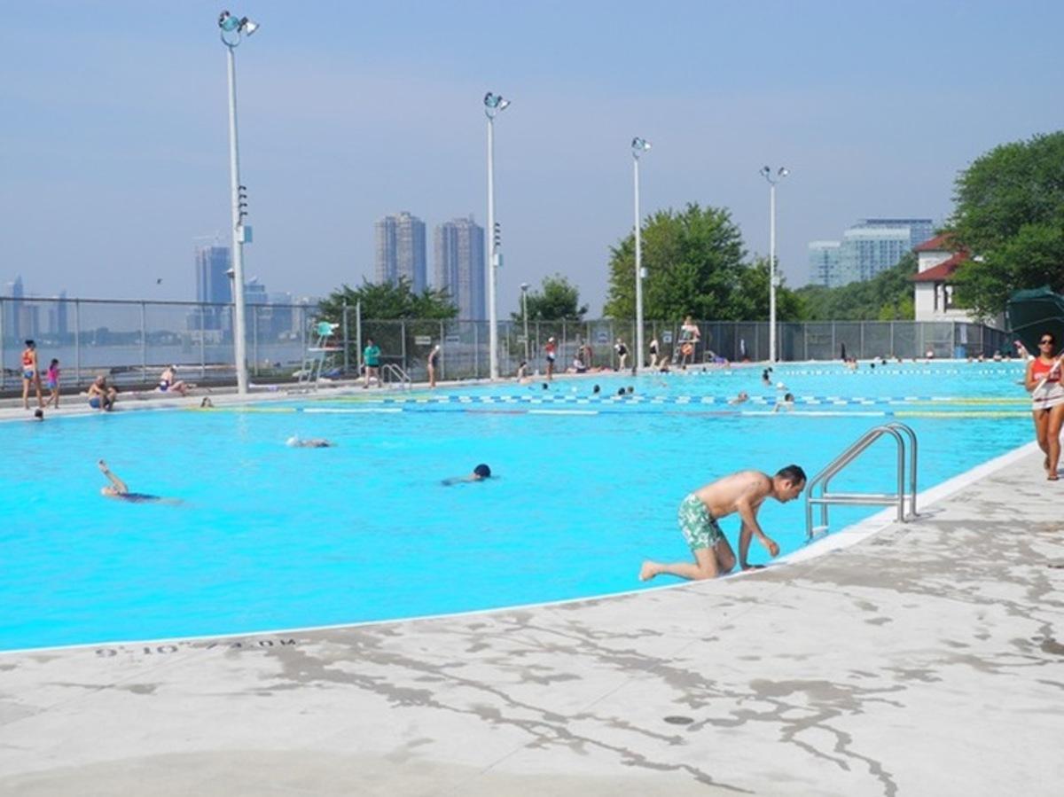 Sunnyside Gus Ryder Outdoor Pool City Of Toronto